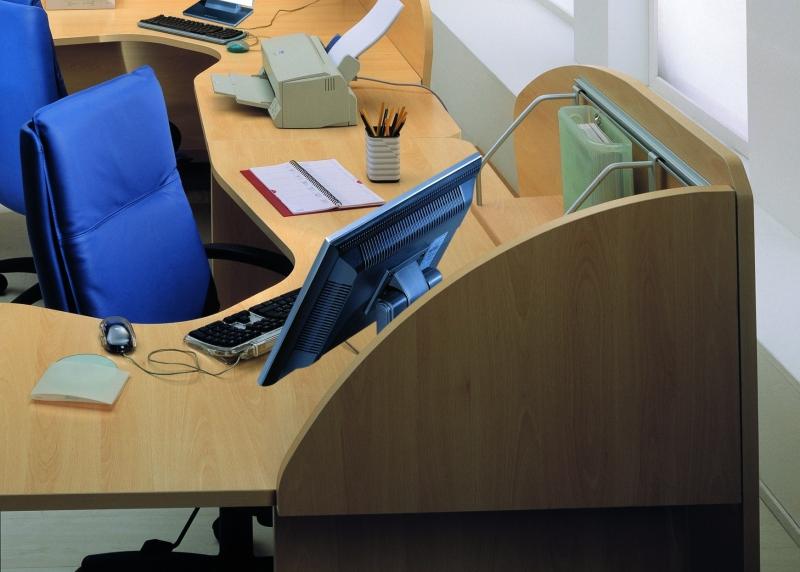 Scrivania Ufficio Sospesa : P parete divisoria sospesa per scrivanie benigni mobili