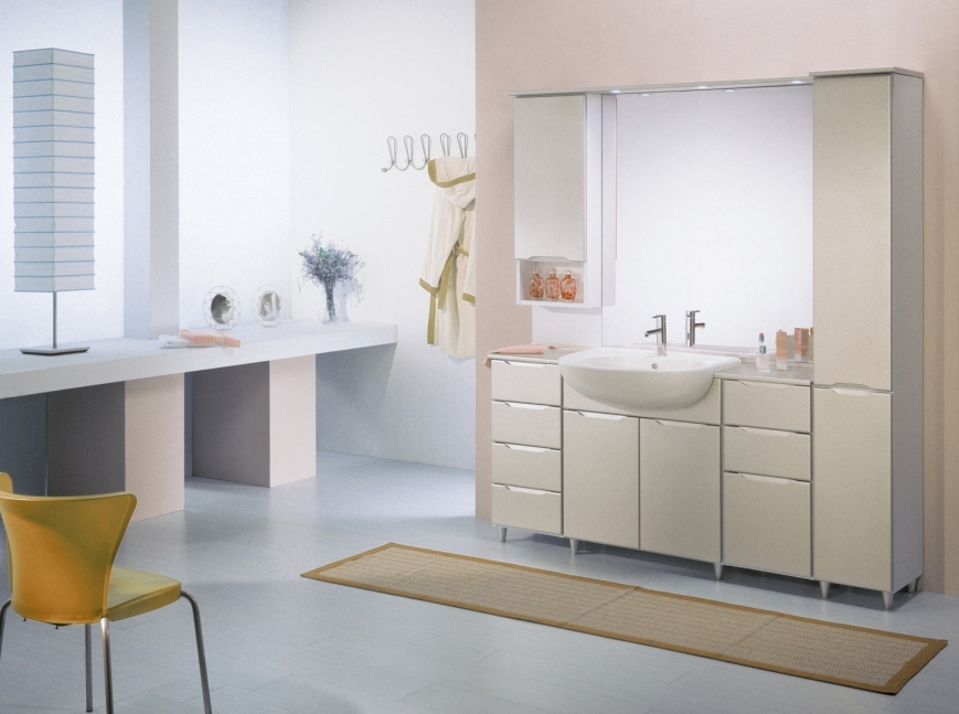 Mobile bagno bianco con ante laccate pearl beige benigni - Mobili per lavandino bagno ...