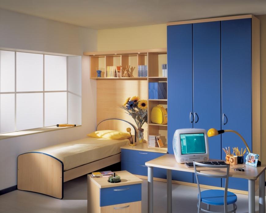 Cameretta Bianca E Blu : Cameretta in faggio e ante blu avio benigni mobili