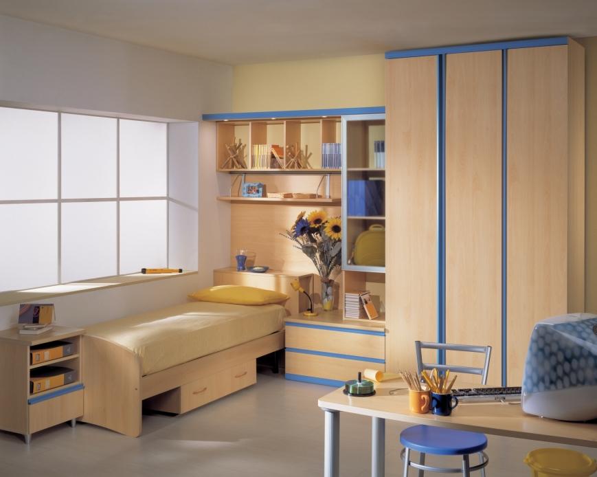 Camerette azzurre idee suggerimenti casa di alessandra for Mensole grigie