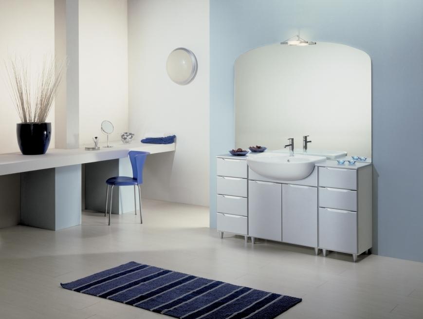 mobile bagno con ante laccate argento opaco - Benigni Mobili