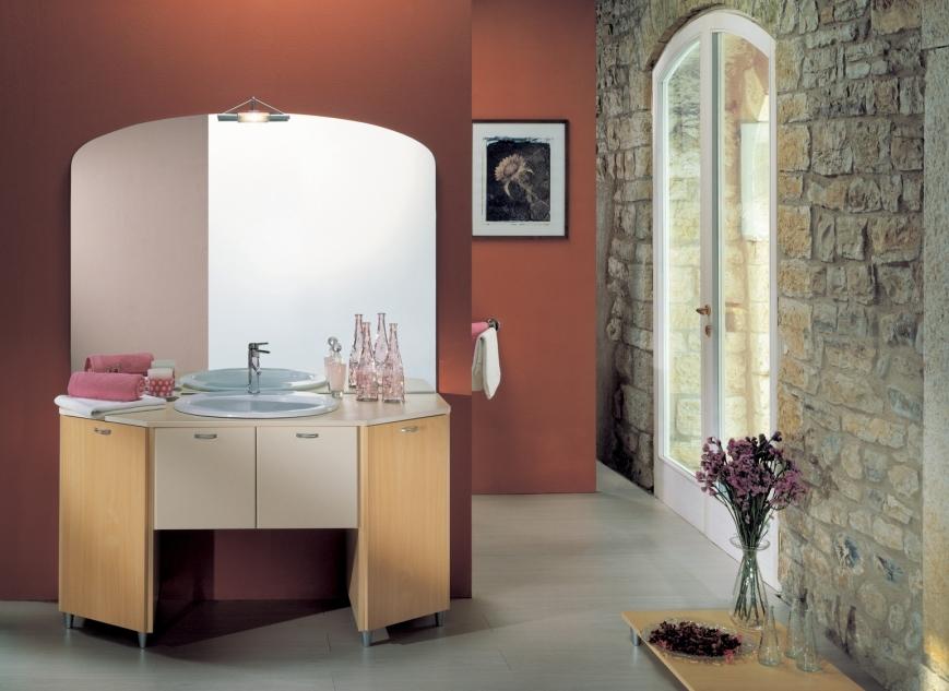 Mobile Bagno Portalavatrice : Mobile bagno con vano portalavatrice in ...